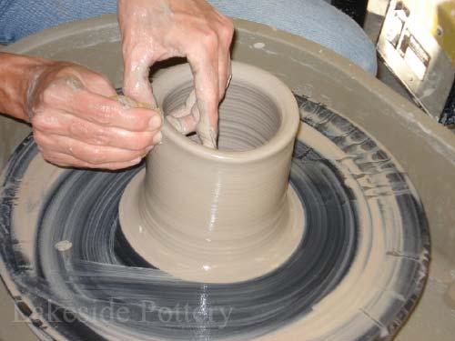 Throwing Basic Pot
