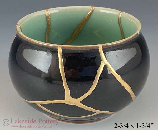 Gold  Kintsugi small Japanese bowl gold