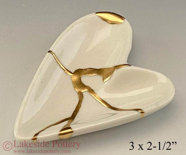 Kintsugi Heart shaped ring dish