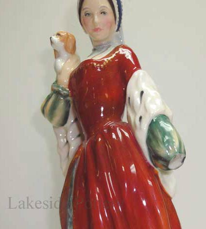 Royal Doulton figurine with missing hand